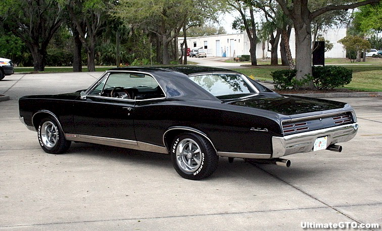 Lets see them 67 GTO colors....-67-gto-blk-3.jpg