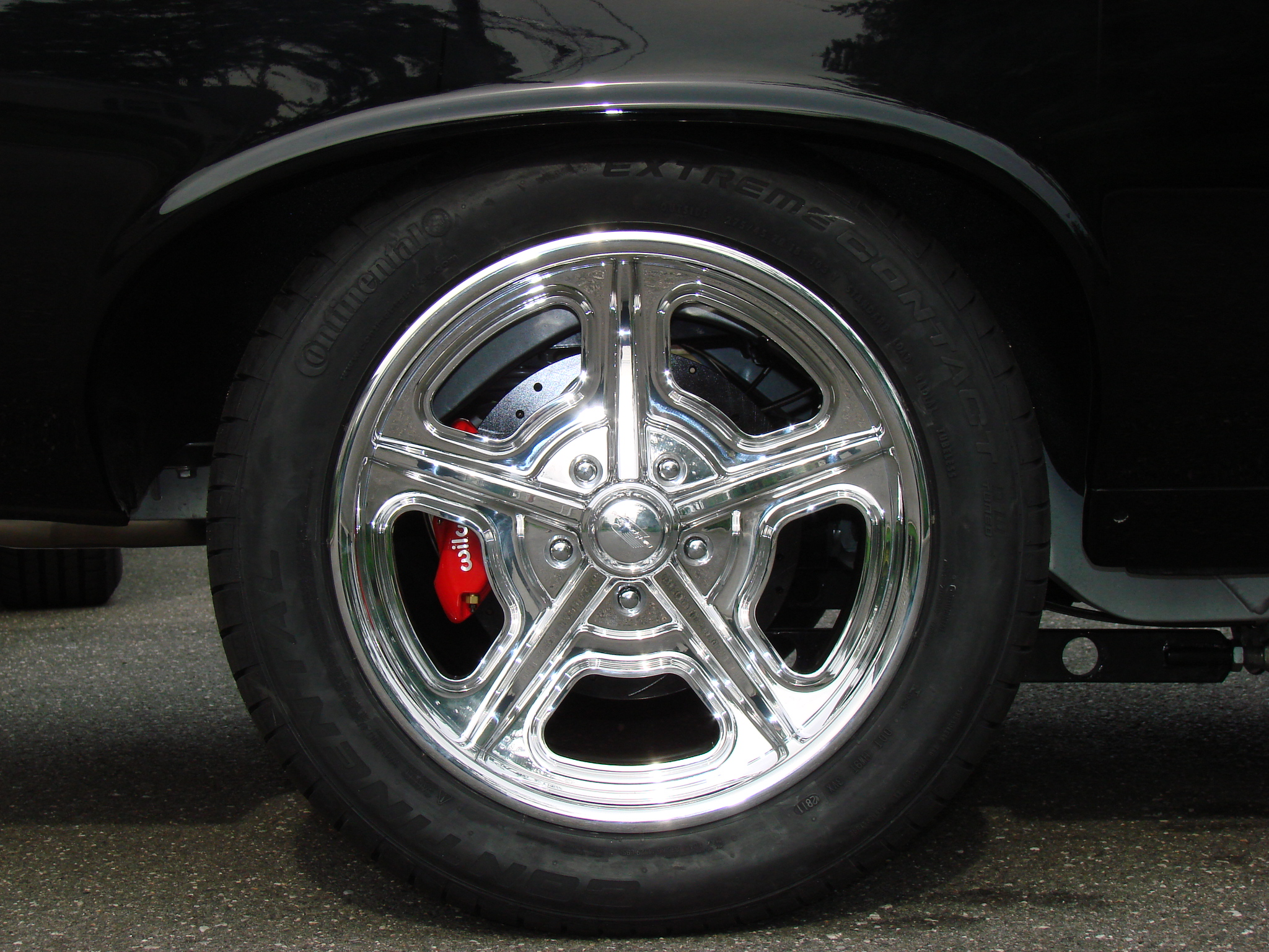 Tire fitment-almostdone-009.jpg