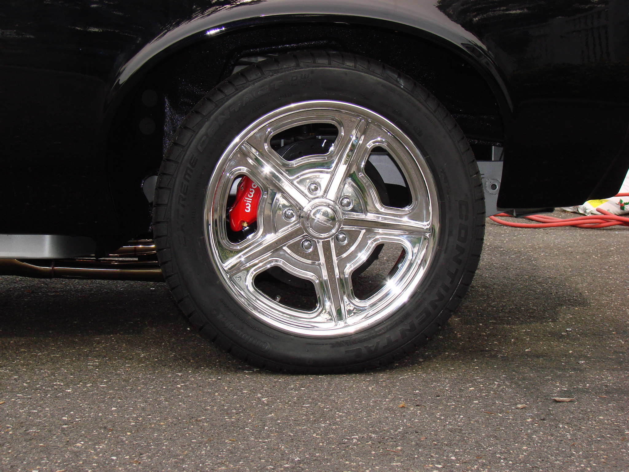 Tire fitment-almostdone-010.jpg
