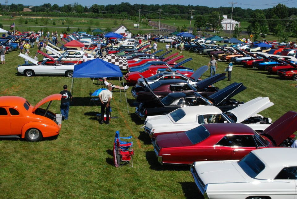 Pontiac's in Pontiac-ariel-5.jpg