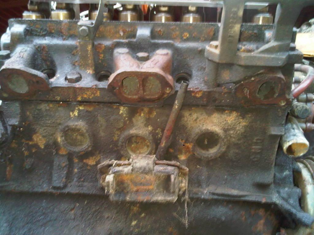 """Exhaust port """"D"""" ???-exhaust-manifold-rh.jpg"""