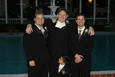 Click image for larger version  Name:Me and the boys.jpg Views:115 Size:15.1 KB ID:64