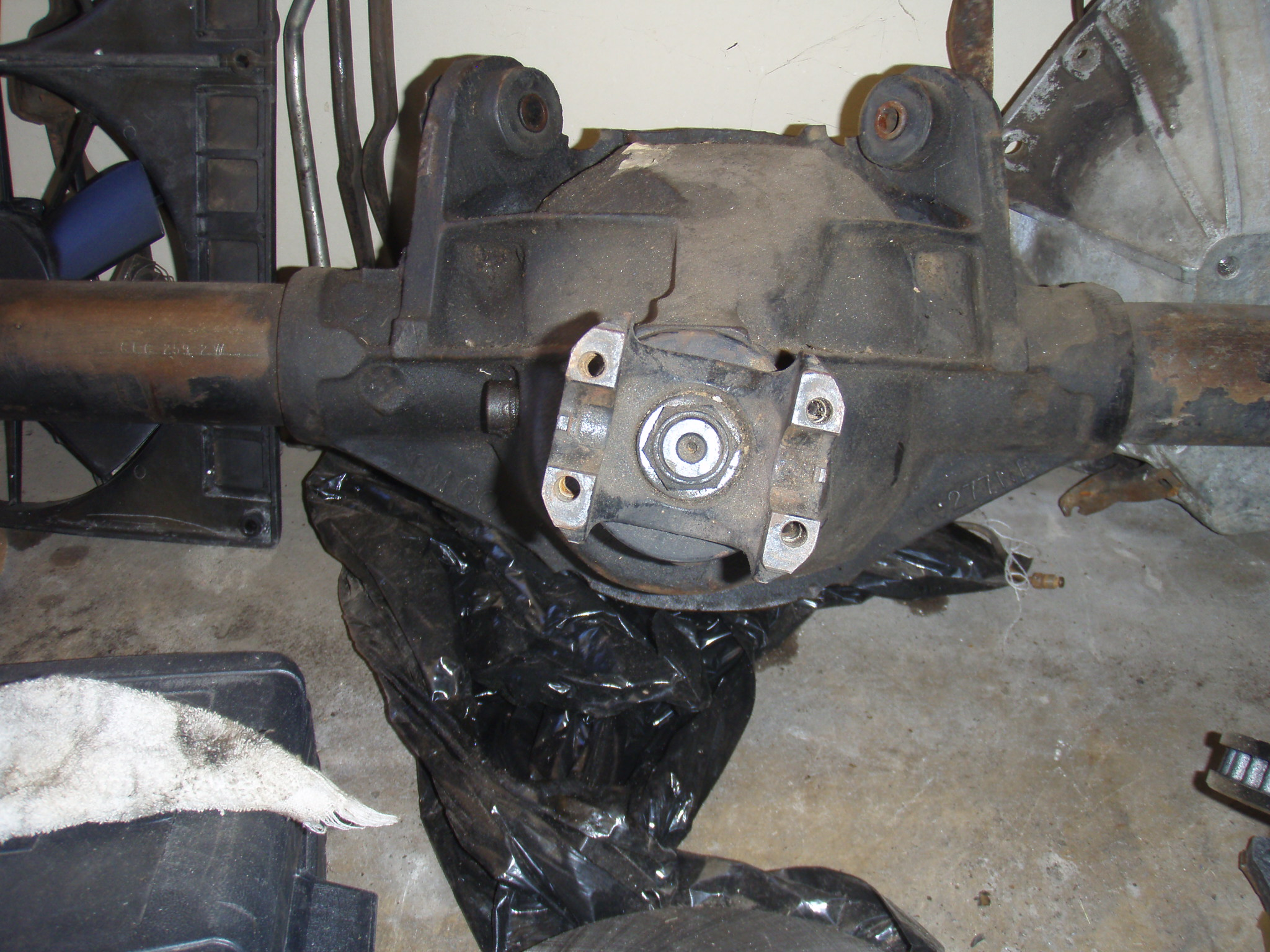 Rear axle identification???-pb010824.jpg
