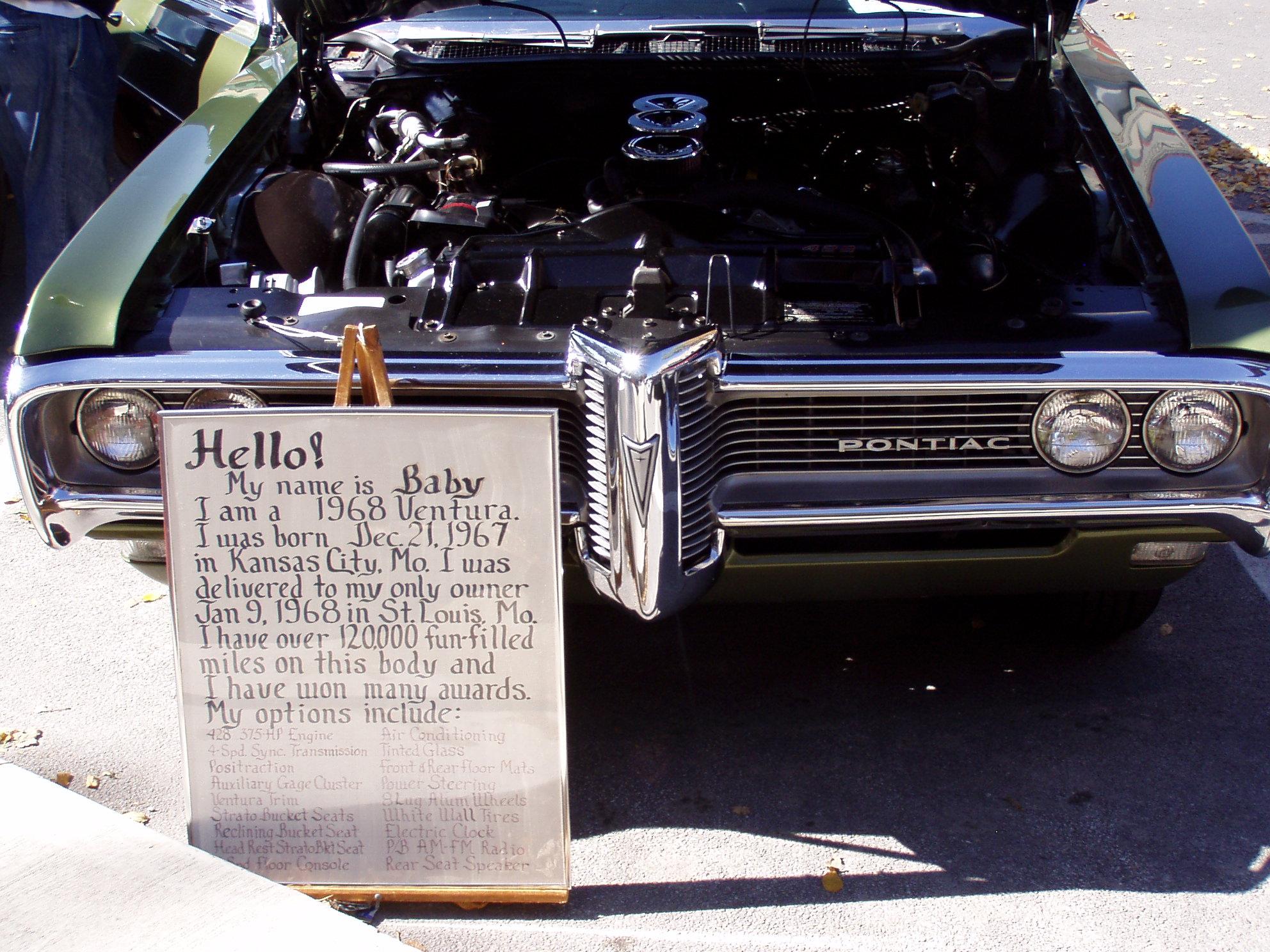Pontiac's in Pontiac-pontiacs-034.jpg
