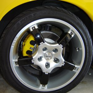Grouho's GTO w/ Painted Calipers