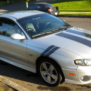Kelly's 2004 GTO w/stripes & slashes