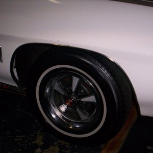 Original_Rally_II_wheels_on_71_LeMans_Sport_002